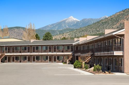 Travelodge Flagstaff East Photo