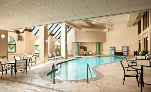 Embassy Suites Indianapolis North photo 15
