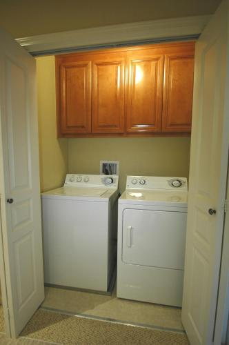 3 Bedroom Home On Andsbury In Mountain View