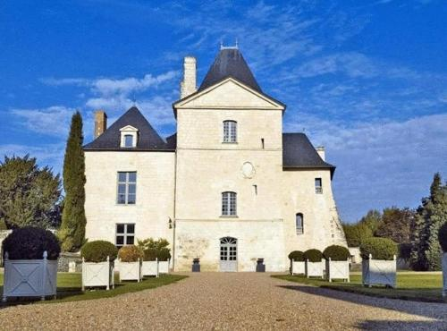 Chateau De Charg