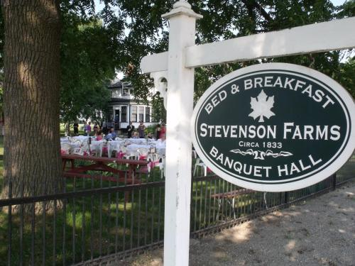 Stevenson Farms-harvest Spa B & B