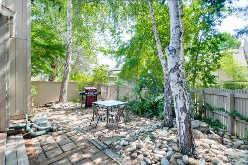 3 Bedroom Home On Sherland Ave In Mountain View - Mountain View, CA 94043