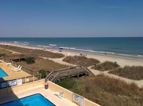 Days Inn Myrtle Beach - Beach Front Photo