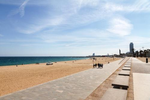 Feelathome Poblenou Beach Apartments photo 8