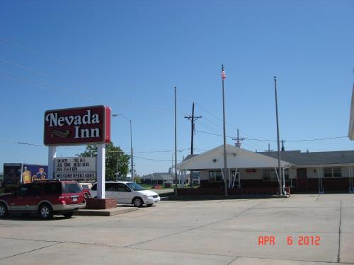 Nevada Inn Photo