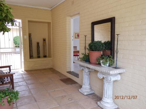 Pin Oaks bnb Photo