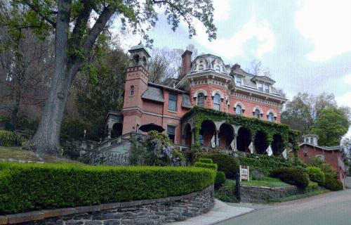 The Harry Packer Mansion Inn Photo