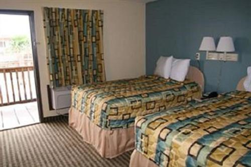 Surfside Inn Suites - Rockport, TX 78382