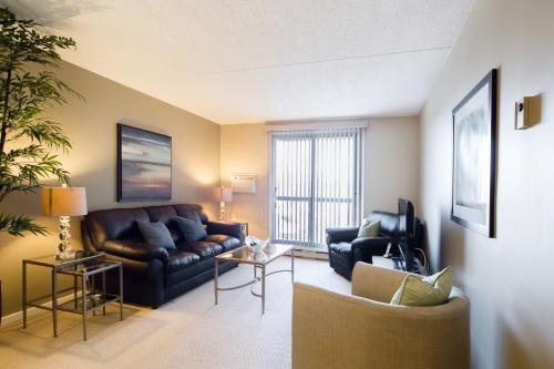 Executive Suites by Roseman - Winnipeg Photo