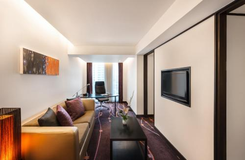 Radisson Suites Bangkok Sukhumvit photo 15