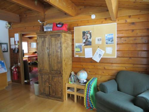 HI-Kananaskis Wilderness Hostel Photo