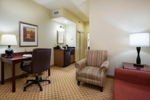 Country Inn & Suites - Goodlettsville Photo