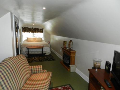 Helming Guest House Photo