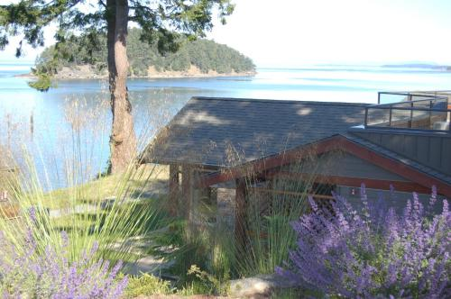 Mayne Island Resort Photo
