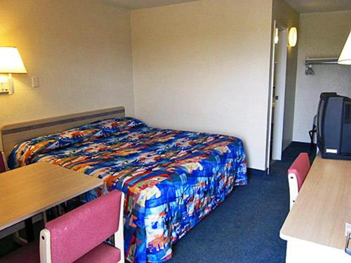 Motel 6 Greenville Photo