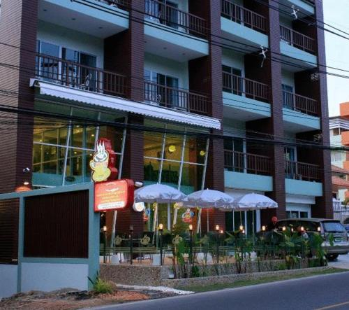 Hill Top Service Suites - pattaya-south -