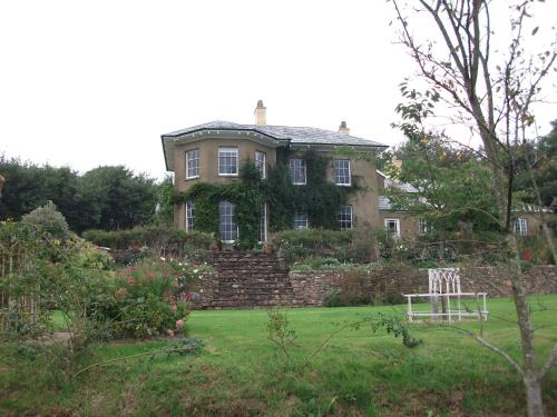 Beachborough Country House