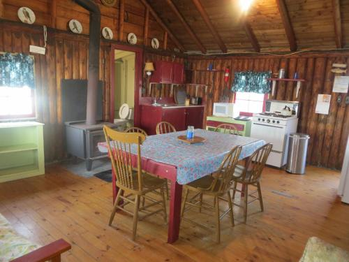 Lake Wolsey Cabins Photo