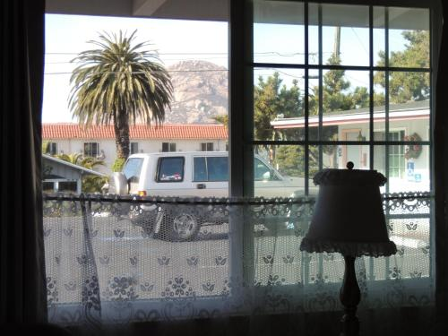 Sundown Inn of Morro Bay - Morro Bay, CA 93442