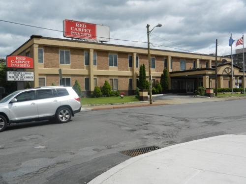 Red Carpet Inn and Suites Scranton Photo