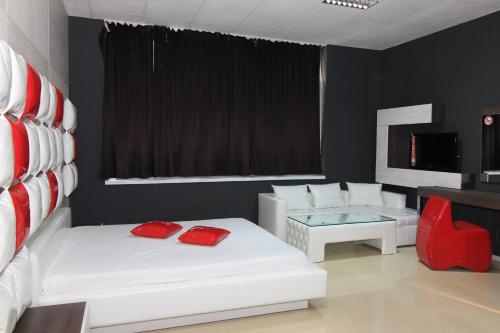 Bedroom Place Guest Rooms, Русе