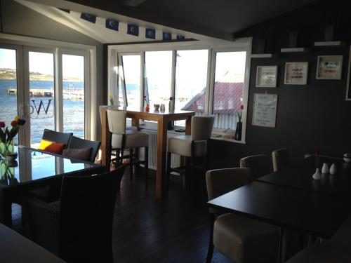 The Waterfront Boutique Hotel Photo