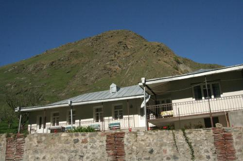 Guest House Nazy - фото 0
