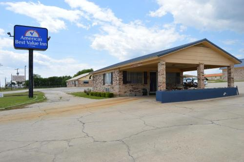 Photo of Americas Best Value Inn - Gainesville TX