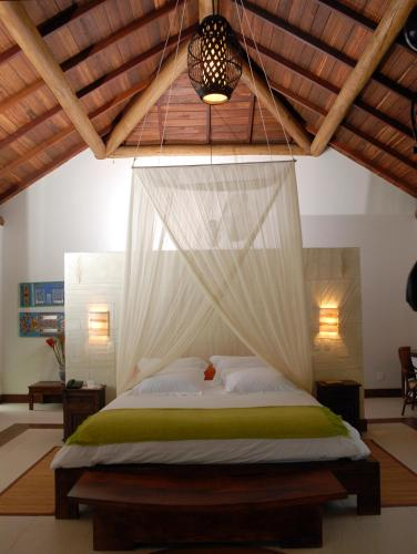 Kiaroa Eco-Luxury Resort Photo