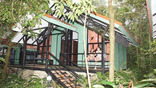Rainforest Adventures Lodge