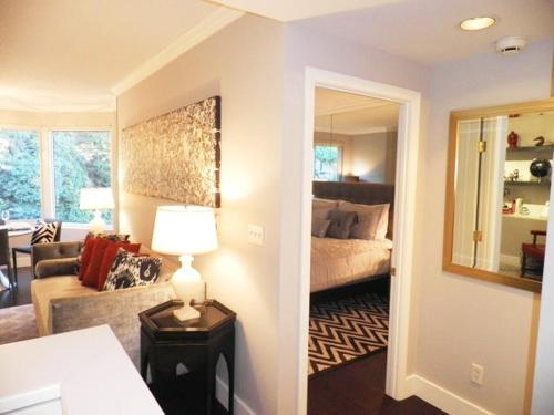 North Waterfront One-Bedroom Apartment - San Francisco, CA 94111