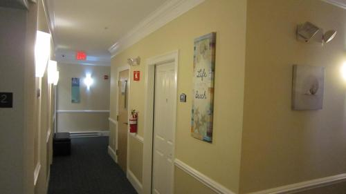 Atlantic Breeze Suites Photo