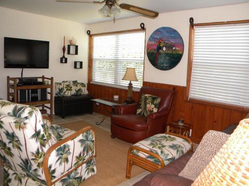 Ormond Beach Cottage by the Sea Photo