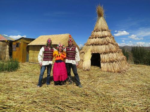 Uros Tupirmarka Photo