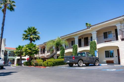 Best Western Santee Lodge Photo