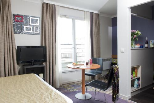 Aparthotel Adagio Paris Buttes Chaumont photo 19