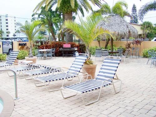 Coconut Villas of Dunedin - Dunedin, FL 34698