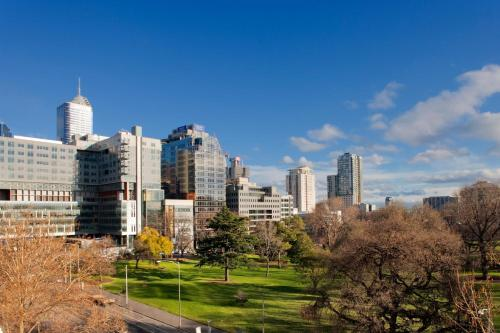 Radisson On Flagstaff Gardens Melbourne photo 10