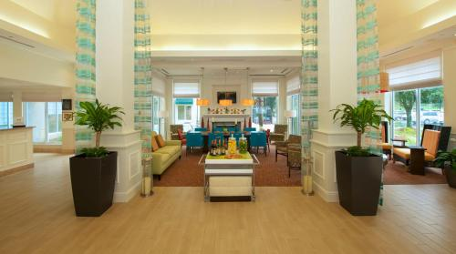 Hilton Garden Inn Jacksonville JTB/Deerwood Park Photo