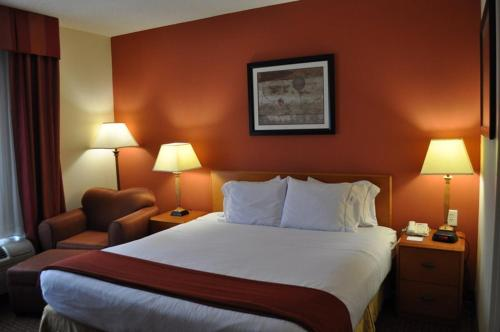 Williamston (NC) United States  city photos : Holiday Inn Express Williamston, Williamston, NC, United States ...