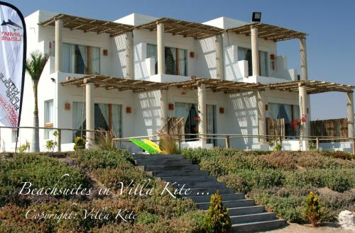 Villa Kite Photo