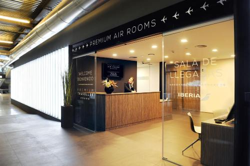 Air Rooms Madrid Airport By Premium Traveller - фото 0