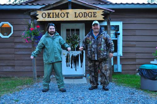 Okimot Lodge on Tomiko Lake Photo