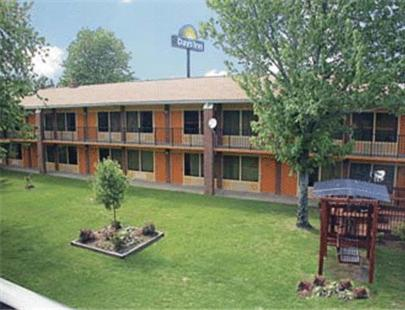 Picture of Days Inn Benton/><p class=