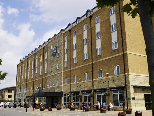 Stay at Village Hotel Hull