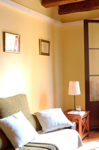 AinB Las Ramblas-Guardia Apartments photo 11