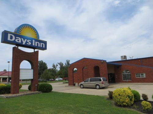 Picture of Days Inn Kennett/><p class=