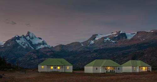 Estancia Cristina Lodge - El Calafate Photo