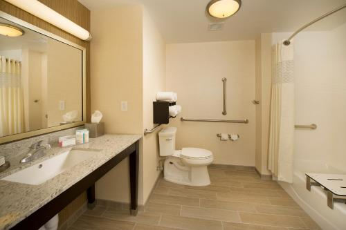 Hampton Inn & Suites Baltimore/Woodlawn Photo