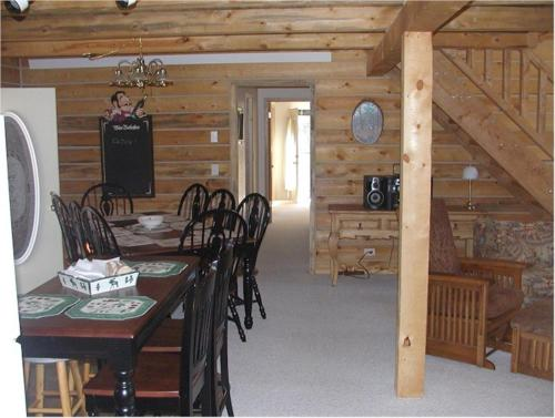 Comanche Lodge Photo